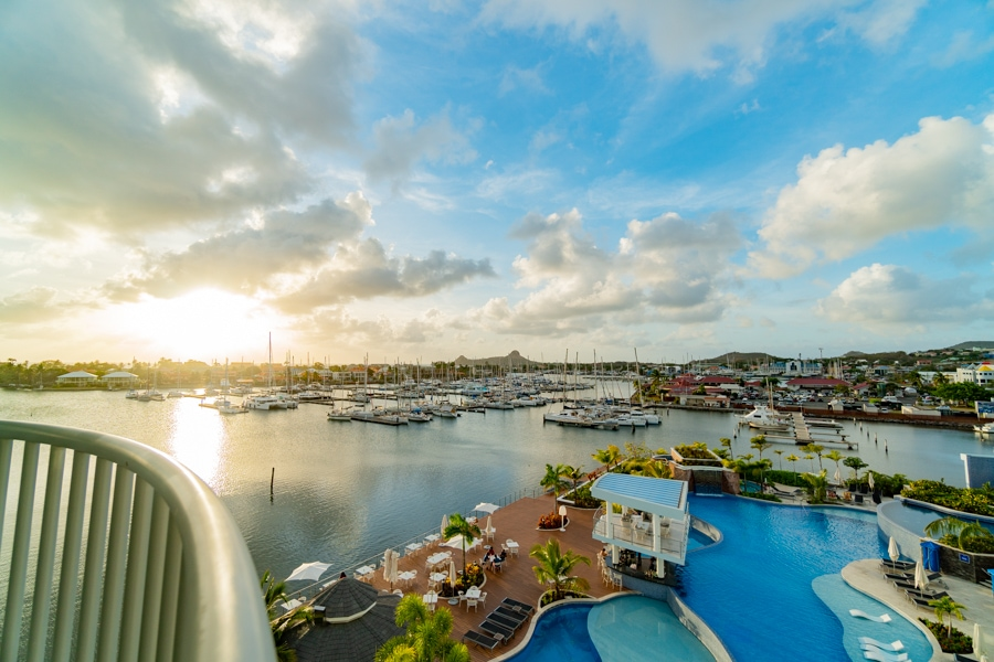 Simple but almost perfect: Review of Harbor Club St. Lucia (Hilton Curio Collection) in Rodney Bay, St. Lucia